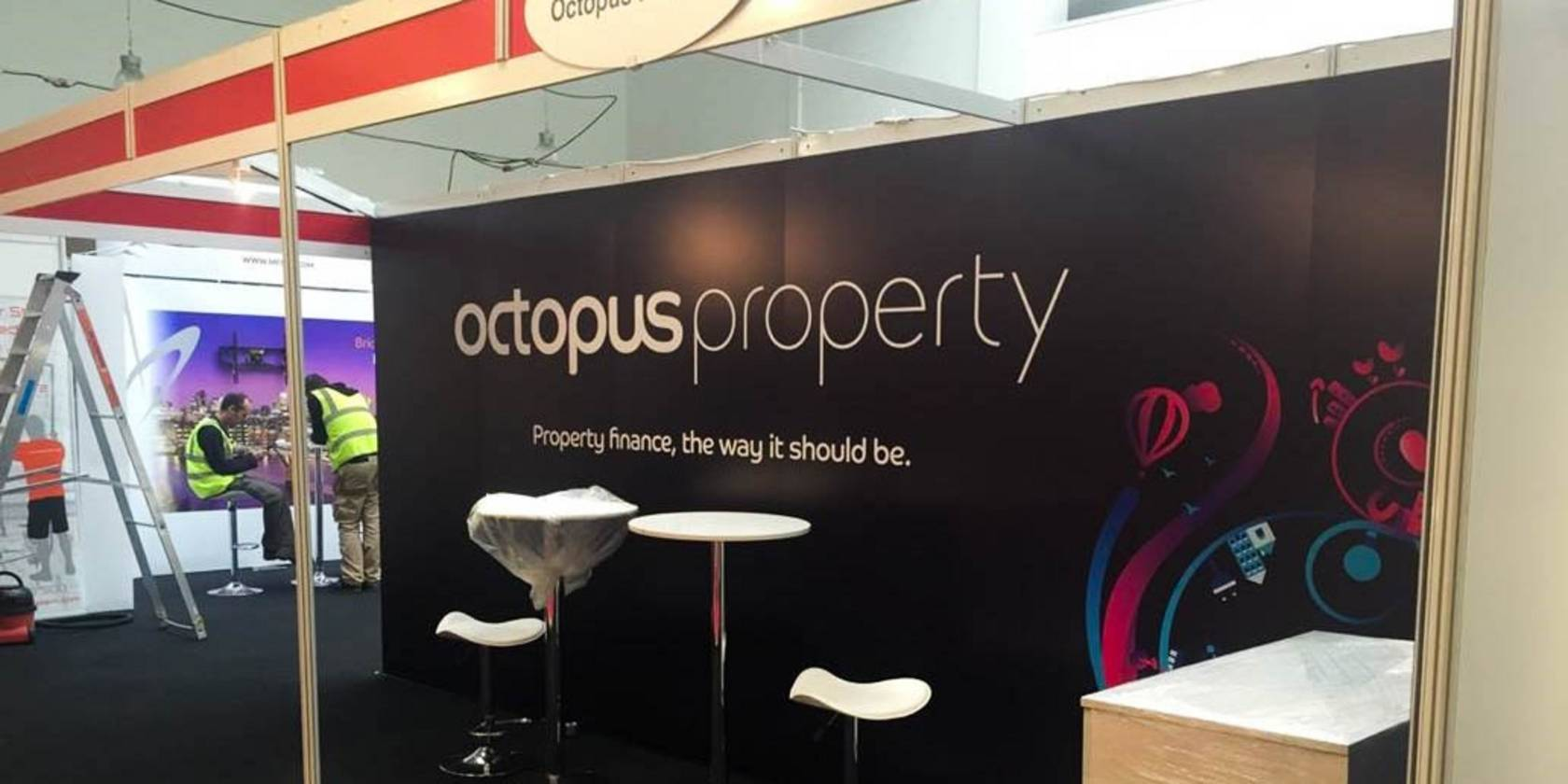 Exhibition Stand Wall Panels : Shell scheme graphics for octopus property