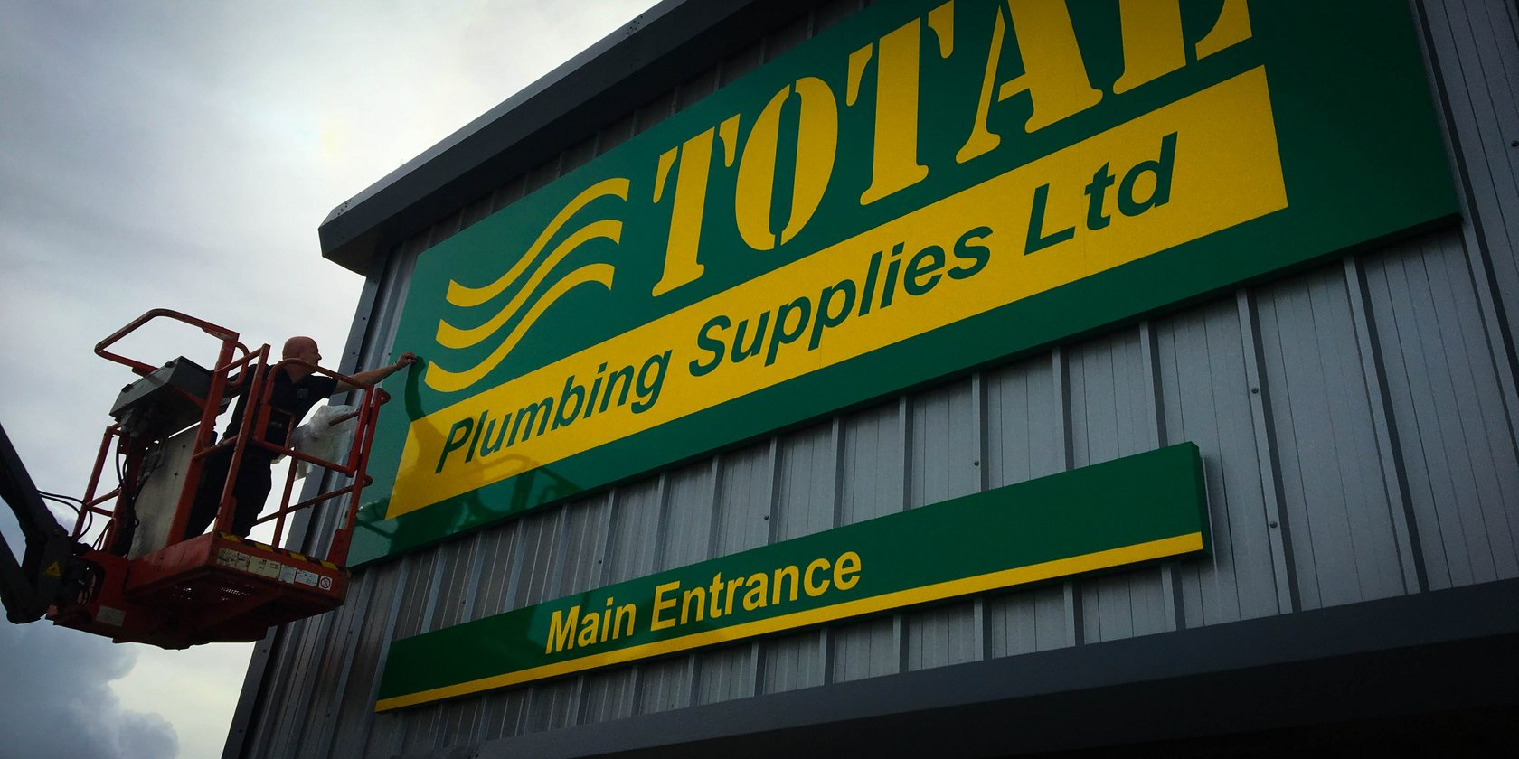 Signage Installation for Total Plumbing Supplies
