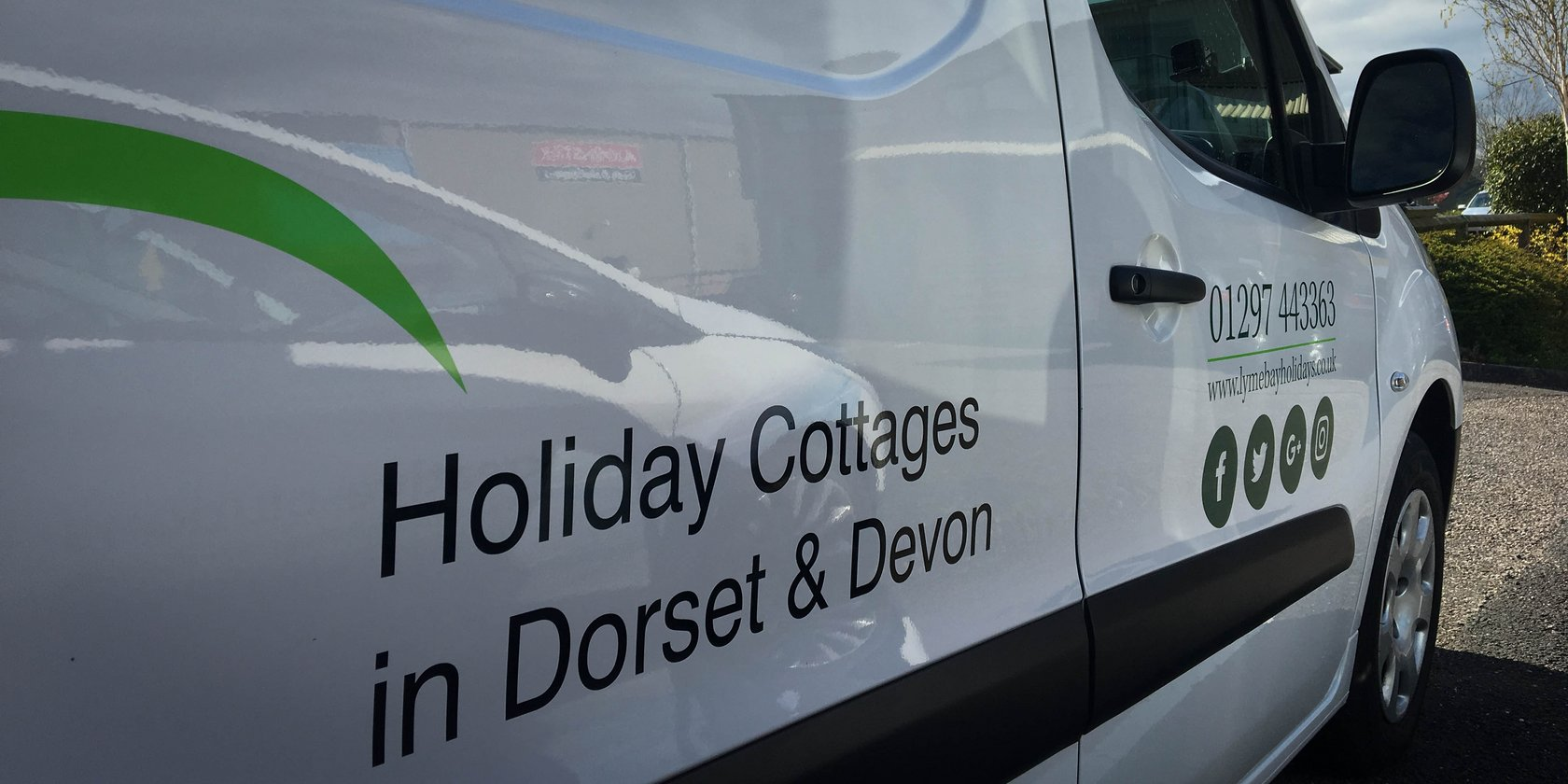 Vehicle Livery Lyme Bay Holidays