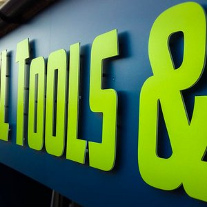 Shop Front Signs for RKL Tools