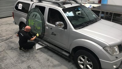 Vehicle graphics installation