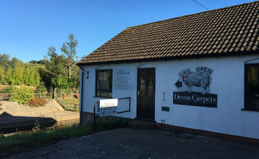 Outdoor Signs for Devon Carpet